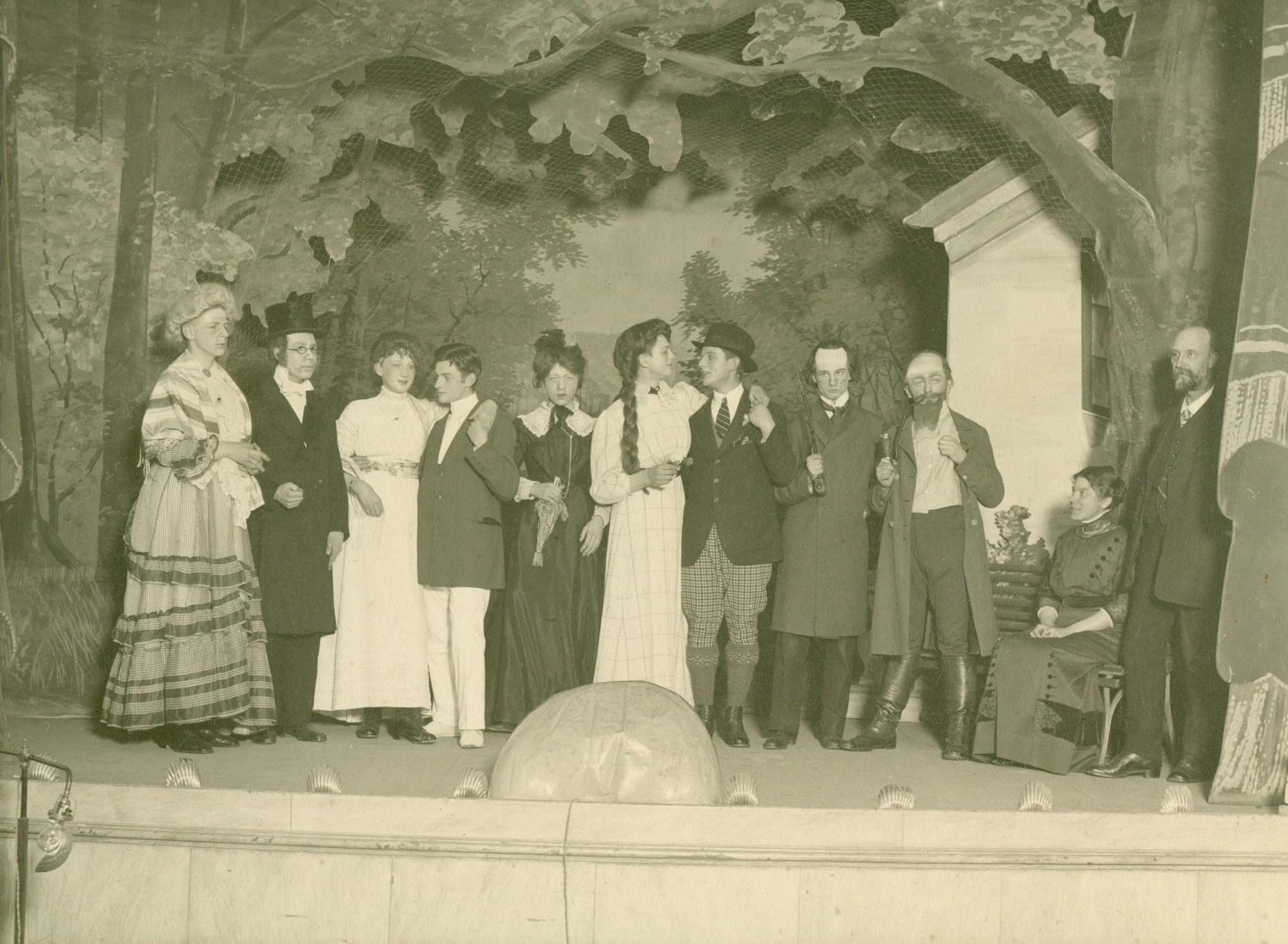 Frederiksborg Statsskole, generalprøve af skolekomedie, 1914