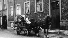 Ølkusk Johansen bringer øl ud, Møllestræde 35, 1935