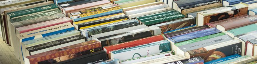 Brugte bøger på rad og række