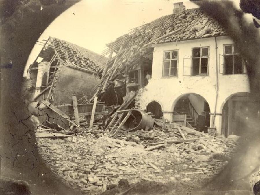 Slotsgade 3 i ruiner efter eksplosionen