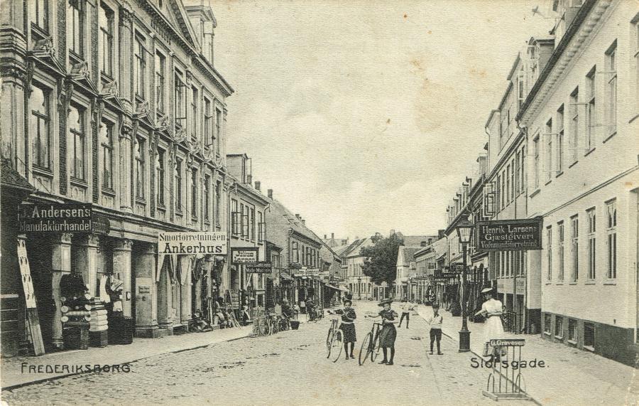 Slotsgade. Henrik Larsens Gæstgiveri