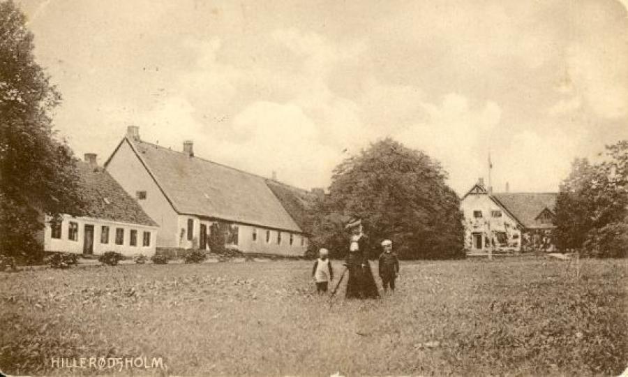 """Postkort af """"Hillerødsholm"""", som  lå på det nuværende Hillerødsholmsallé 5, 1910"""