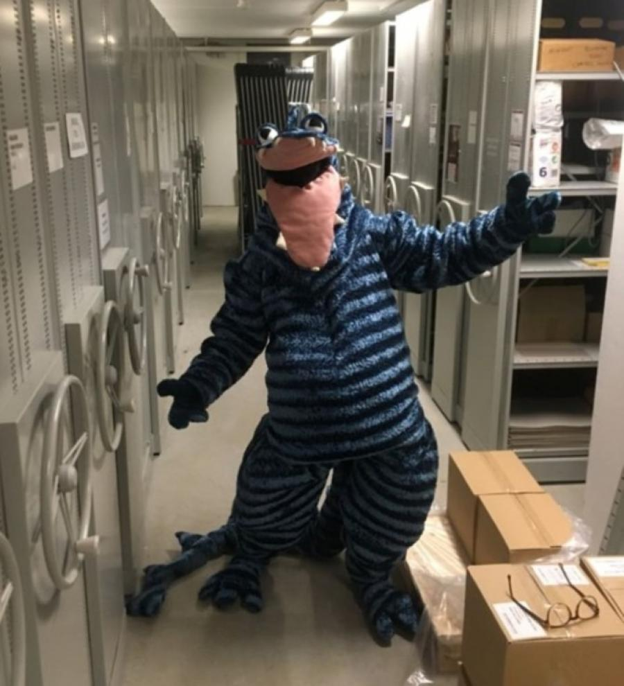 Dragen Hilbert i bibliotektes bogkælder