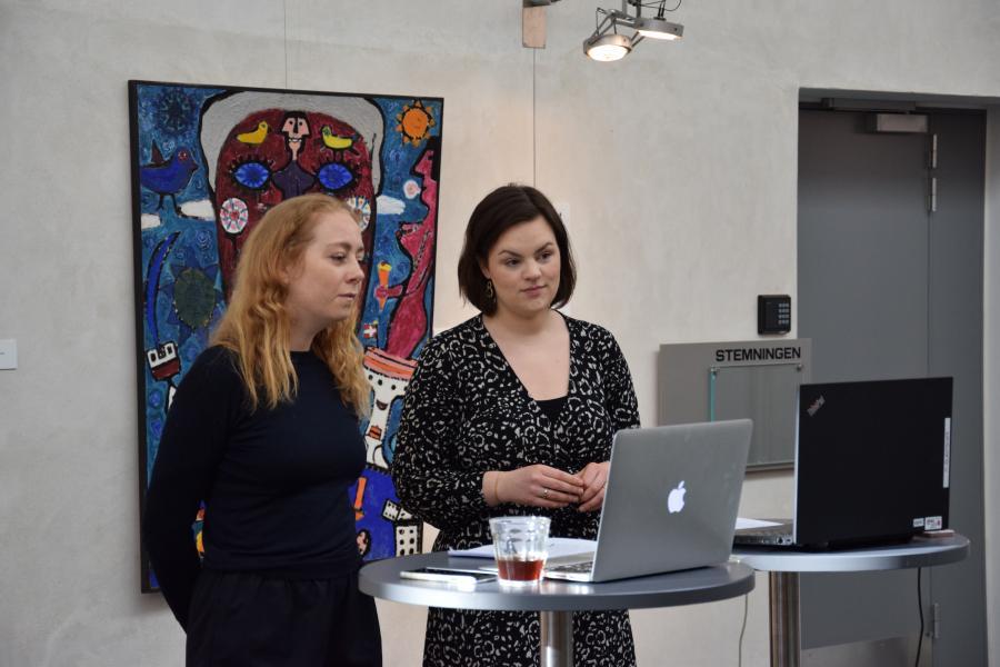 Bibliotekarer underviser i kunsthallen