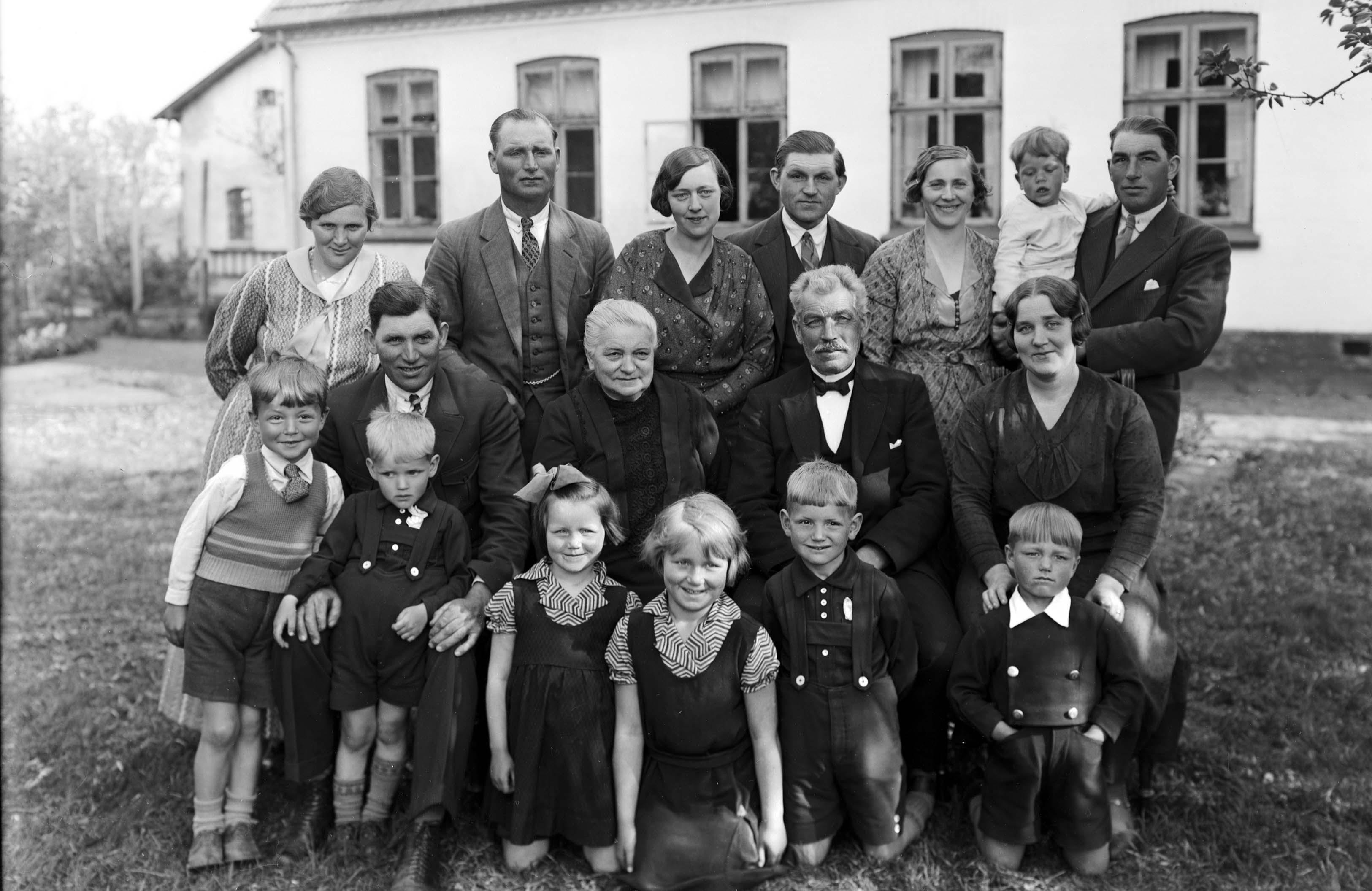 Knud Larsen/Frederikssund lokalhistoriske arkiver Slangerup arkiv